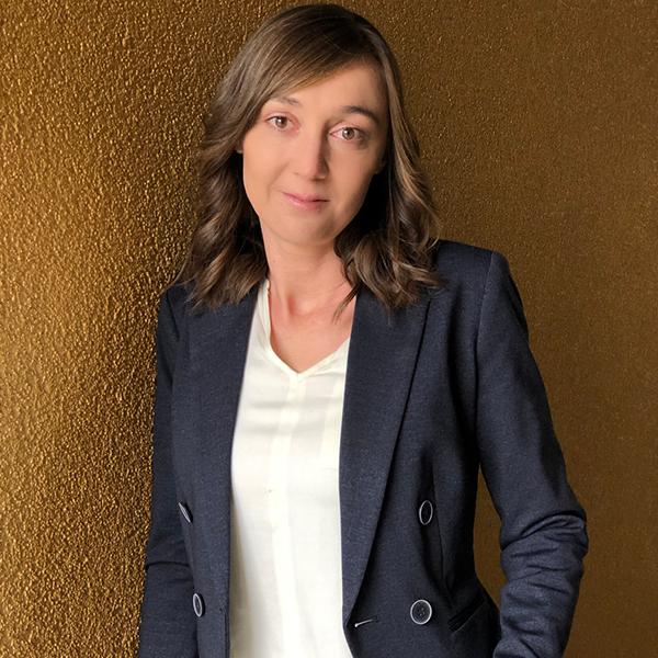 Julia Faustmann